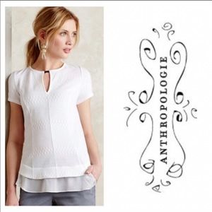 NWOT Deletta White Keyhole T-shirt